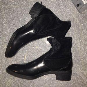 NWOT ZARA ANKLE BOOTS